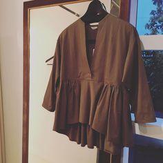 riding shirt #pelleq #2016springsummer #LESCOUREURS Hijab Casual, Hijab Chic, Casual Outfits, Hijab Fashion, Fashion Outfits, Fashion Trends, Blouse Batik, Fashion Design Sketchbook, Fashion Capsule