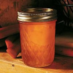 Rhubarb Jelly ( 2 T) is 92 calories, 1 carbs, 1 g fiber.experiment with sugar free sugar. Recipe makes 8 half-pints from lbs rhubarb. Rhubarb Recipes, Recipe For Rhubarb Jelly, Rhubarb Ideas, Rhubarb Rhubarb, Ketchup, Jam And Jelly, Jelly Jelly, Peach Jam, Home Canning