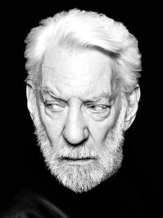 Donald Sutherland by Pests - Stars - Celebridades Donald Sutherland, Hollywood Icons, Hollywood Stars, Classic Hollywood, I Love Cinema, Celebrity Portraits, Black And White Portraits, Interesting Faces, Male Face
