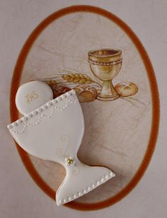 First holy communion cookies. Celebrate the Eucharist! First Communion Cakes, Première Communion, First Holy Communion, Royal Icing Cookies, Cupcake Cookies, Christening Cookies, Stained Glass Cookies, Cookie Designs, Fondant Cakes