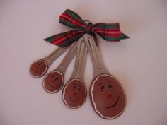Gingerbread Spoon Ornies - I want to give this with a home made batch of gingerbread cookies from my 4 sweet children :)