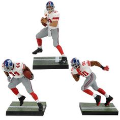 Showcase your NFL heroes with this awesome set of New York Giants Action Figures!