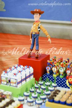 A festa do Guilherme foi uma explosão de cores. Toy Story foi o tema escolhido e adoramos fazer!   Gui Story foi a identidade visual de tod...