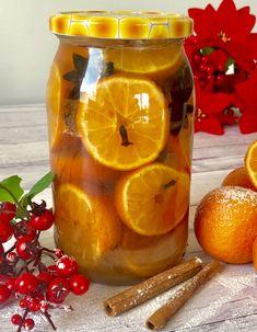 Świąteczny likier mandarynkowy - Blog z apetytem Best Food Ever, Beverages, Drinks, Grapefruit, Lunch Box, Food And Drink, Blog, Orange, Cooking