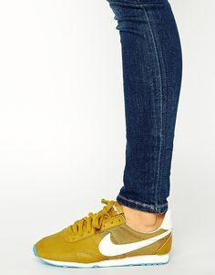 Imagen 4 de Zapatillas de deporte vintage color bronce Pre Montreal Racer de Nike