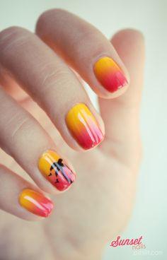 Sunset nails // Petizoizo & Palmier kitsch | PSHIIIT