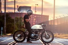 Kinetic Motorcycles '71 CB500