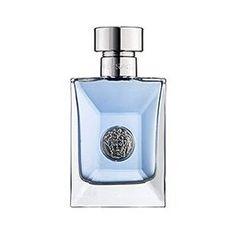 Versace is voor de man met een sterke persoonlijkheid, die zijn interesse in mode durft tonen.