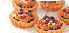 Kruche babeczki z kajmakiem Cheesecake, Food, Cheesecakes, Essen, Meals, Yemek, Cherry Cheesecake Shooters, Eten