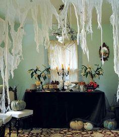 DIY Cobwebs   DIY Halloween Party Hacks