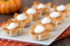 Healthy Mini Pumpkin Pies Recipe | Hungry Girl