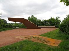 Elbe_Waterfront_Park_Riesa-by-Rehwaldt_Rehwaldt_Landschaftsarchitekten-02 « Landscape Architecture Works | Landezine