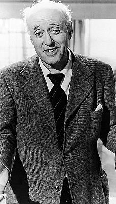 The Weirdo Of St Trinian's: New book claims Alastair Sim had more than a scholarly interest in young girls Comedy Actors, Tv Actors, Actors & Actresses, British Comedy, British Actors, English Comedy, British Celebrities, Classic Movie Stars, Classic Movies
