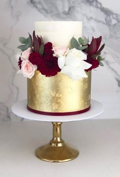 Burgundy Wedding And Best Ideas For Fall Wedding 2019 ★ burgundy wedding burgundy cake blondebakingmama Christmas Wedding Cakes, Fall Wedding Cakes, Beautiful Wedding Cakes, Gorgeous Cakes, Pretty Cakes, Creative Wedding Cakes, Wedding Cake Designs, Wedding Cake Toppers, Burgundy Wedding Colors