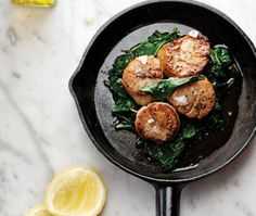 Cast-Iron Sea Scallops With Spinach And Mushrooms