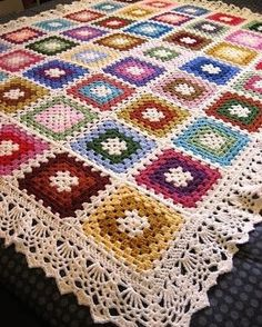 Transcendent Crochet a Solid Granny Square Ideas. Inconceivable Crochet a Solid Granny Square Ideas. Crochet Afghans, Crochet Quilt, Crochet Borders, Crochet Squares, Crochet Blanket Patterns, Crochet Motif, Crochet Stitches, Free Crochet, Knitting Patterns