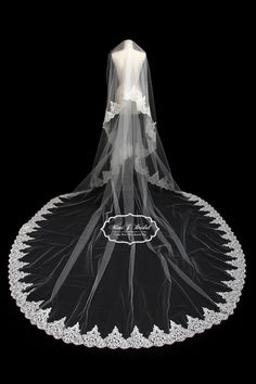 【MimiJ Bridal】【オリジナル】2段リバーレース・ロングベールの通販サイト【MimiJ Bridal】