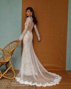 Berta Muse 2020 Fall Bridal Collection – The FashionBrides Berta Bridal, Sweetheart Wedding Dress, Bridal Collection, Beautiful Bride, Bridal Style, Jimmy Choo, Wedding Gowns, Bridal Fashion, Makeup Art
