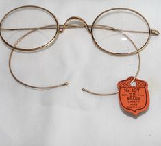 Vintage Gold Wire Bifocal Eyeglasses,Antique Reading Glasses,Vintage Prescription Glasses  #bifocal #Collector's #eyeglasses #eyes #glasses #Gold #optometry #oval #readers #reading #Spectacles #Vision Glasses Case, Eye Glasses, Optometry, Gold Wire, Reading Glasses, Makers Mark, Lenses, Antiques, Vintage