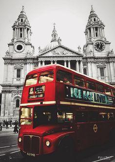 London Style via the Double Decker Big Ben, London Bus, Future Travel, England Uk, Kirchen, London Travel, Photos Du, Harrods, Great Britain