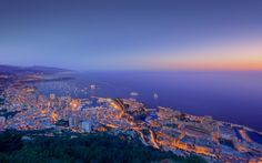 Evening shot of Monaco cityscape during the 2011 Grand Prix. You usually don't see so many yachts outside the port (and people inside the port) during the year unless its Enjoy! Sanya, Monte Carlo, Monaco Yacht Show, Beach At Night, Night City, Best Cities, Hd 1080p, Nice, Grand Prix