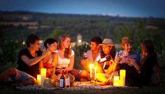 Vívid, el festival del vino del Empordà, recibe la primavera en Costa Brava https://www.vinetur.com/2014032414783/vivid-el-festival-del-vino-del-emporda-recibe-la-primavera-en-costa-brava.html