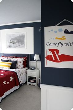 This room was my inspiration for Noah's airplane room...someday I will post pics of his room, but it is always to messy to take pics :)