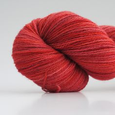 Kiss The Lips, 2-ply wool, 450m/100gr from Aalerusen.blogspot.com.    Handdyed yarns by Julia Zahle