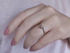 En güzel pırıltı... Model numarası:23R0089🔎siriuspirlanta.com adresinden ürün detaylarına ulaşabilirsiniz. #sirius #siriuspırlanta #pırlanta #pirlanta #diamond #yüzük #yuzuk #tektaş #tektas #tektaşyüzük #tektasyuzuk #pırlantatektaş #teklif #evlilik #evlilikteklifi #nişan #söz #mücevher #jewellery #takı #gelin #sevgiliyehediye #hediye #engüzelevet #lüks #pazar #istanbul #loveit #likeit Diamond Solitaire Rings, Istanbul, Model, Jewelry, Jewels, Schmuck, Jewerly, Jewelery
