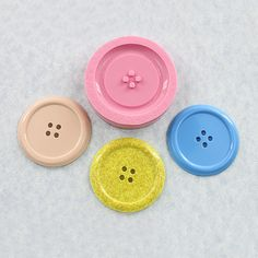 Hey, I found this really awesome Etsy listing at https://www.etsy.com/listing/203984549/button-mold-silicone-mould-resin-polymer