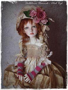 OOAK Full Set DollsTown Hannah MSD BJD wearing a OOAK Handmade Outfit by Kim Arnold for The Trinket Box