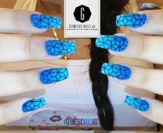 I love this design!  #BlueNails #Blue #bleu #azul #GeometricNailsArt #gelish #fashion #nail #nailart #color #finger #moda #uñas #hands #pretty #beauty #NailsAddict #feet #hands #nailroom #nailsoftheday #naillab