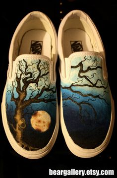 Custom Vans Oak Tree by beargallery on Etsy Painted Canvas Shoes, Custom Painted Shoes, Painted Vans, Painted Sneakers, Hand Painted Shoes, Custom Vans, Custom Shoes, Sock Shoes, Vans Shoes