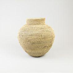 Tonga basket from Zimbabwe / Buhera basket / African calabash / Ethnic vase / Buhera calabash / Ethnic decor / Boho home decor by WorldsMost on Etsy https://www.etsy.com/listing/490021748/tonga-basket-from-zimbabwe-buhera-basket