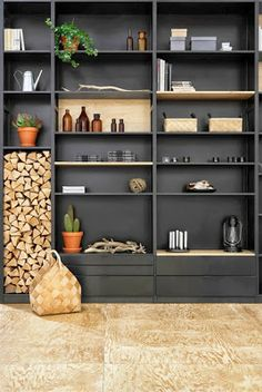 Cuisine noir et contreplaqué bois Lundia Atelier rue verte via Nat et nature