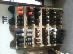 Pallet shoe rack! TOTALLy DOING THIS!!! although i will beautify mine