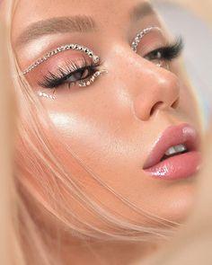 Gemstone Make Up Look Gem Makeup, Elf Makeup Dupes, Eye Makeup Art, Kiss Makeup, Makeup Inspo, Makeup Inspiration, Beauty Makeup, Makeup Looks, Hair Makeup