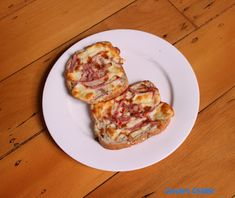 Carole's Chatter: Ham & cheese toastie with brown sauce Ham And Cheese Toastie, Brown Sauce, Leftover Ham, Grated Cheese, Slice Of Bread, Food For Thought, Yummy Food, Yummy Recipes, Quotations