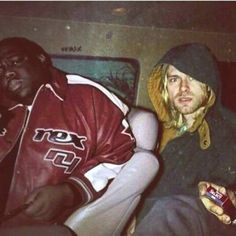 Rare photo of Biggie Smalls and Kurt Cobain together back in Biggie Smalls, Smells Like Teen Spirit, Washington D C, Rapper, Seattle, Brooklyn, Lupin The Third, Nirvana Kurt Cobain, Kurt Cobain Art