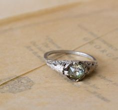 Vintage ART DECO Ring - 1920s Art Nouveau Ring - Engagement Ring - Floral Filigree . Sterling Silver and Glass
