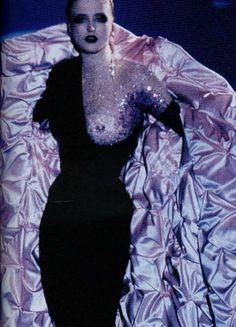 somethingvain:  Thierry Mugler Haute Couture F/W 1998, Radana Kasparova