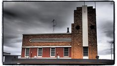 Taken in Forbes, January 2015. Available to buy on Red Bubble http://www.redbubble.com/people/cyn75/works/14092934-country-pub #country #town #pub #bar #australia #newsouthwales #forbes #artdeco #building #architecture