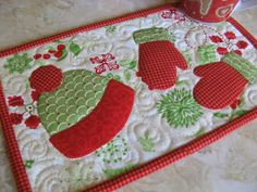 (7) Name: 'Quilting : Mitten Weather Mug Rug