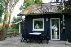 Ferienhaus Wellenrausch hinter dem Deich a. d. Nordsee, Kamin, Zaun Lodges, Animals And Pets, The Good Place, Places To Go, Sweet Home, Outdoor Decor, Holiday, Design, Home Decor