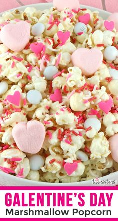 Marshmallow Heart Popcorn is a yummy sweet and salty popcorn treat that is so easy to make. Surprise your family with this fun Valentine's Day dessert. Marshmallow Popcorn, Mini Marshmallows, Pink Desserts, Desserts To Make, Perfect Popcorn, Pink Foods, Valentines Day Desserts, Popcorn Recipes, Candy Store