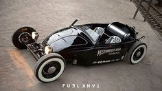 Radical Type 1 that was built for the 2014 show by its organiser, @lt_retro. Head to the #FuelTankapp for details.