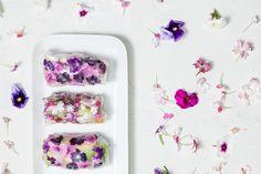 Kesärulla | K-ruoka  #koristelu #kesä #syötävätkukat Edible Plants, Plastic Cutting Board, Flowers, Recipes, Recipies, Ripped Recipes, Royal Icing Flowers, Flower, Florals