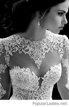 I like this design for my wedding dress