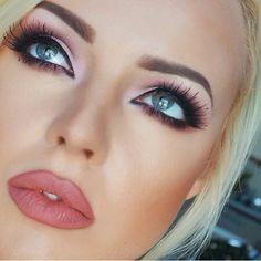 Beautiful face and makeup!