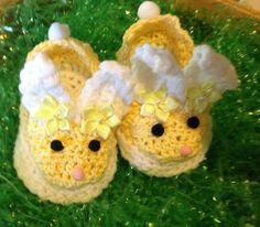 Shop for easter on Etsy, the place to express your creativity through the buying and selling of handmade and vintage goods. Crochet Bunny, Hand Crochet, Shoes Handmade, Handmade Gifts, Bunny Slippers, Baby Girl Accessories, Soy Wax Melts, Spring Shoes, Easter Bunny